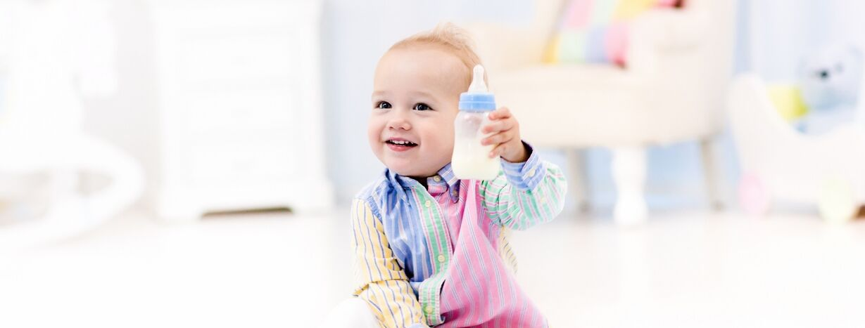 Weaning Baby off Bottles: A Quick and Easy Way to Get Results