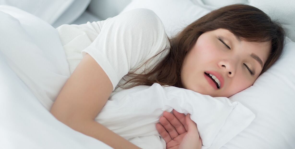 Reasons for Snoring in Women + 7 healthy Ways to Stop Snoring