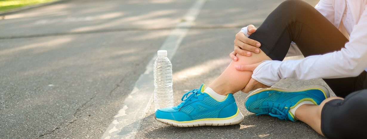 A woman having shin splints